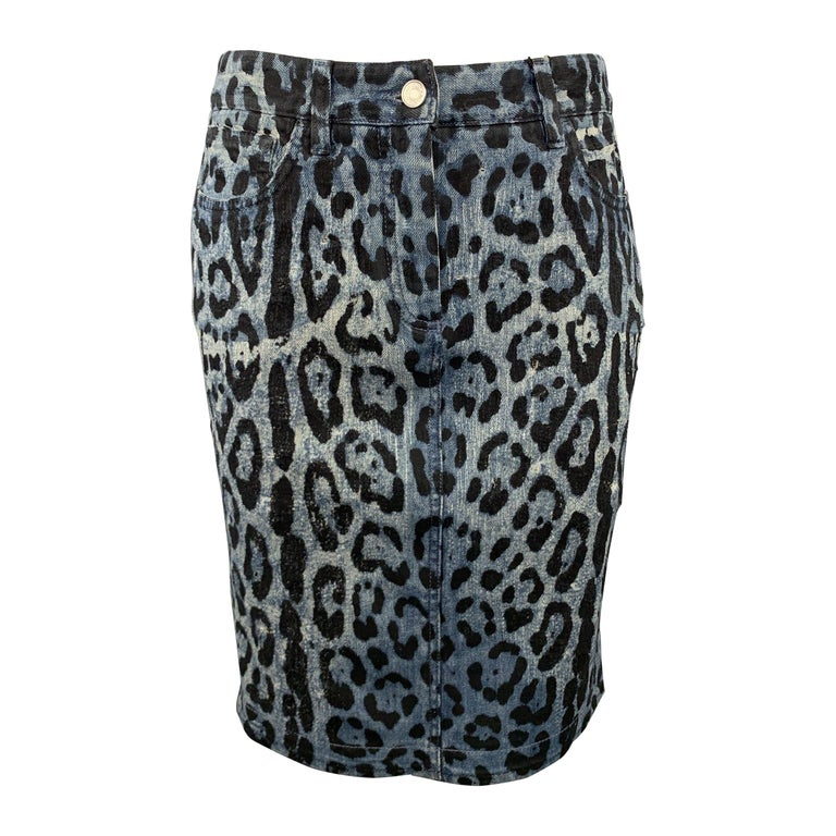 DOLCE & GABBANA Size 6 Blue Leopard Print Distressed Denim Pencil Skirt For Sale