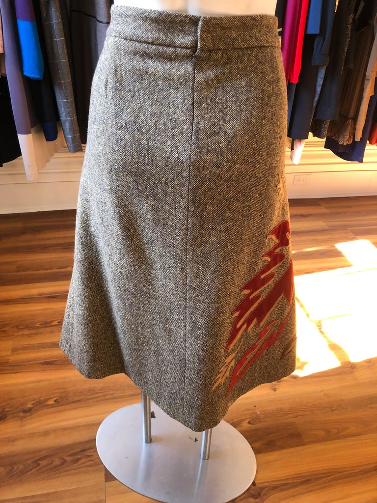 Women's Dolce & Gabbana Skirt with Suede/Leather Appliques 48 (ITL) For Sale