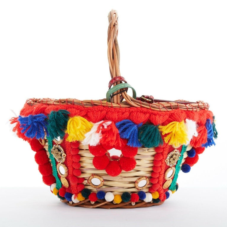 DOLCE GABBANA SS16 red pom pom embellished wicker basket pouch iphone case bag In Excellent Condition For Sale In Hong Kong, NT