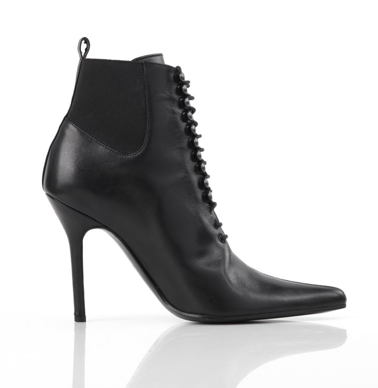 "DOLCE & GABBANA ""Tronchetto"" Black Leather Lace Up Pointed Toe Booties Heels  For Sale 2"