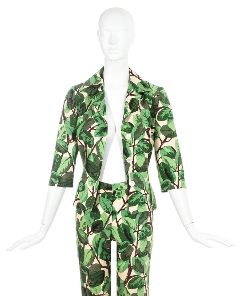 Gray Dolce & Gabbana white and green foliage print silk linen pant suit, ss 1997 For Sale