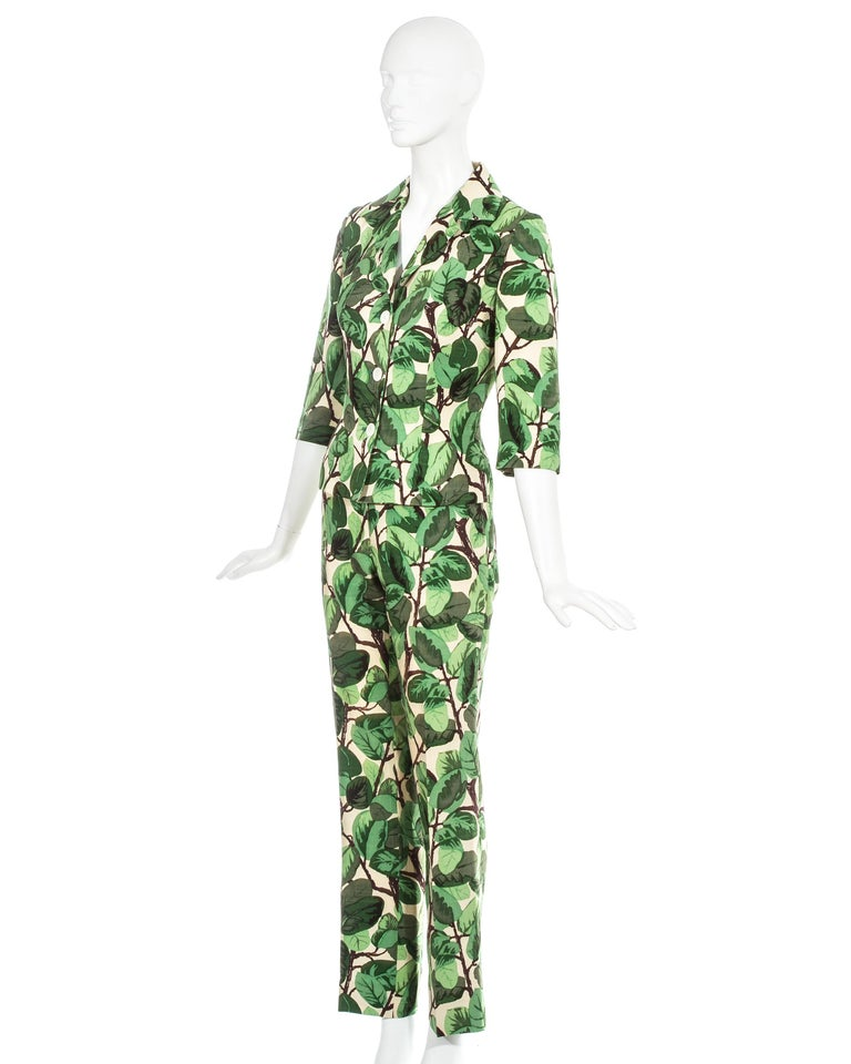 Dolce & Gabbana white and green foliage print silk linen pant suit, ss 1997 In Excellent Condition For Sale In London, GB