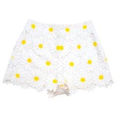 Dolce & Gabbana White Daisy Applique Shorts 44 M
