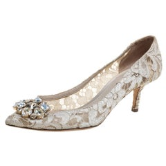 Dolce & Gabbana White Taormina Lace Crystal Embellished Pumps Size 38.5