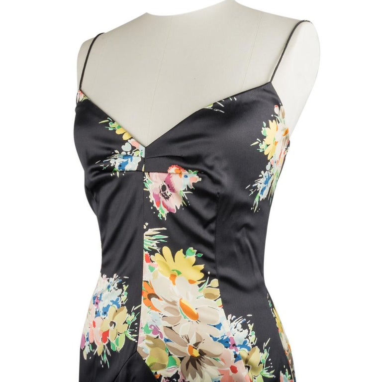 Dolce&Gabbana Dress Floral Print w/ Shawl 44 / 8 New In New Condition For Sale In Miami, FL