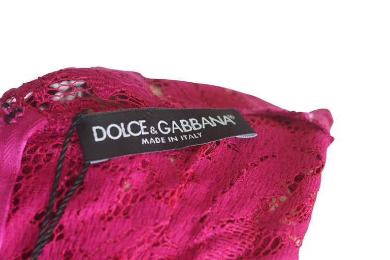 Dolce&Gabbana Dress Hot Magenta Pink Lace  42 / 6  nwt In New Condition For Sale In Miami, FL