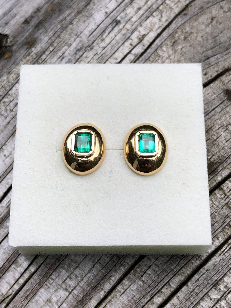 Emerald Cut Dome Earrings Colombian Emerald 18 Karat Gold For Sale