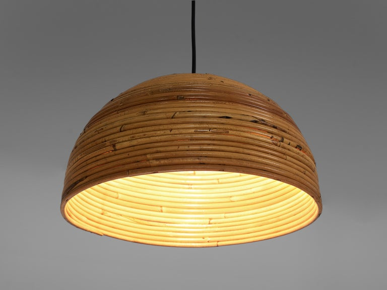 Dome Pendants in Bamboo Bentwood and Brass In Good Condition For Sale In Waalwijk, NL