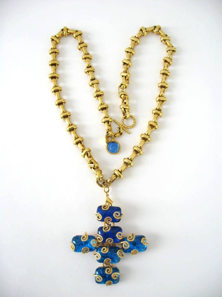 1980s Dominique Aurientis Maltese Cross Gripoix Glass Necklace / Brooch  In Excellent Condition For Sale In Wallkill, NY