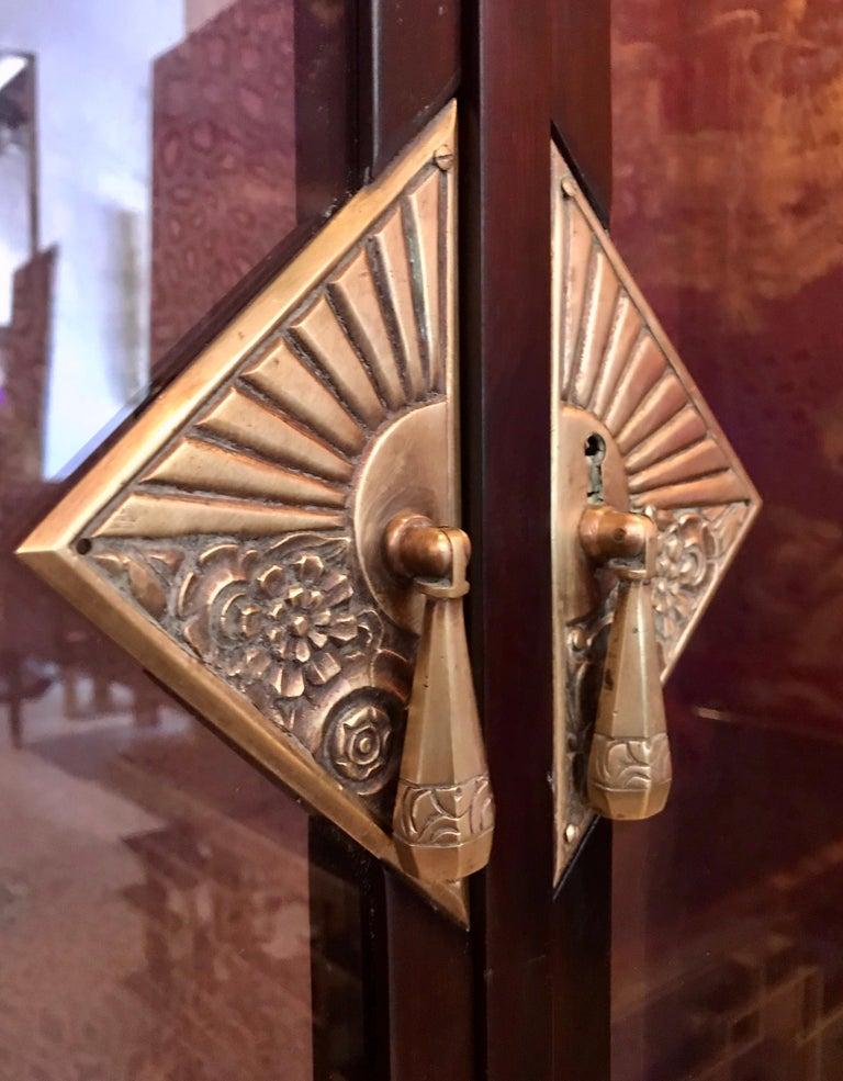 Dominique French Art Deco Vitrine Showcase For Sale 7