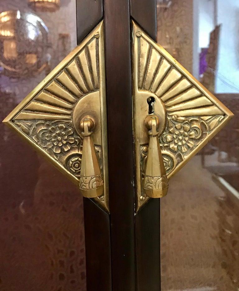 Dominique French Art Deco Vitrine Showcase For Sale 10