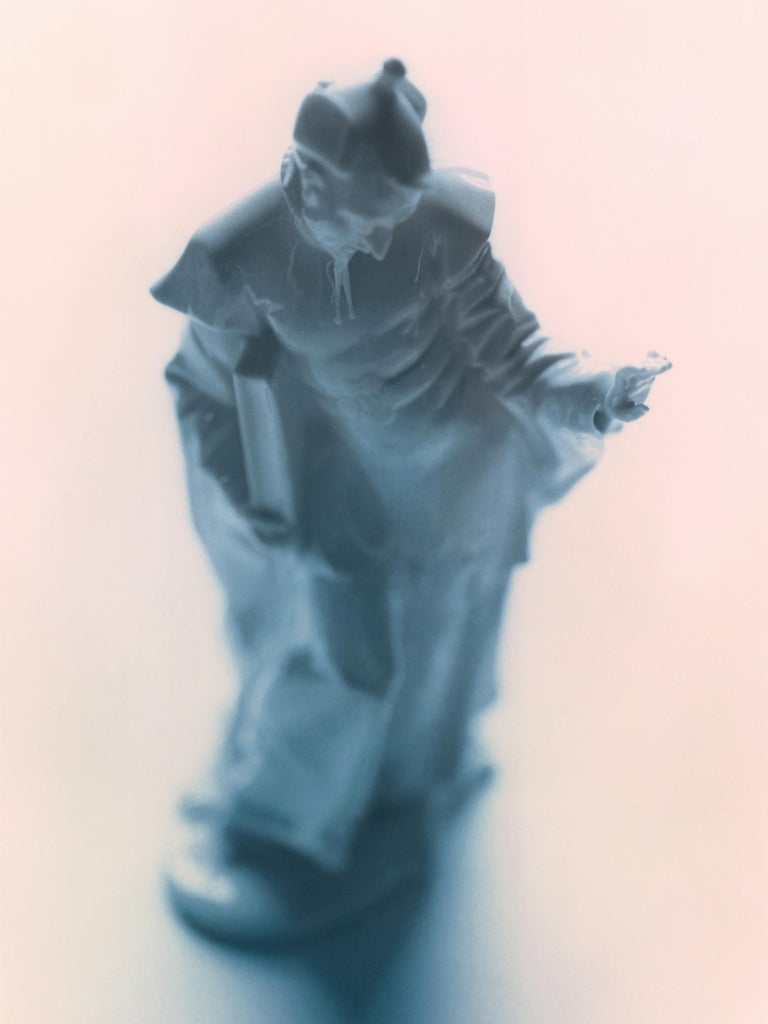 Don Freeman Chinese Porcelain Figures (Nymphenburg) #4 - Contemporary Photograph by Don Freeman