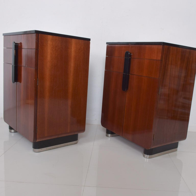 Stylish Pair of American Art Deco Cabinets designed by Donald Deskey for Hamilton Mfg Company. Donald DESKEY was a pioneer of American industrial design and leading producer of American Art Deco. Styling several apartments for upper crust New