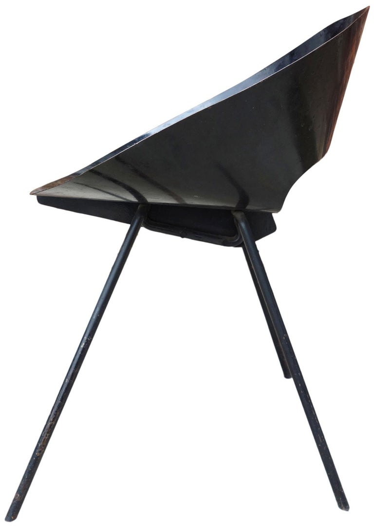 For your consideration to of six Knorr chairs. Comprised of sheet metal bolted to steel rod legs. This chair is exceptionally rare (a set of six in simply unheard of)  Model #132 chair. Originally designed in 1948 by Donald Knorr for Knoll