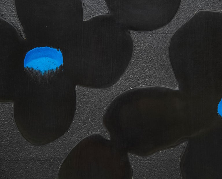 Black and Blue - Contemporary Painting by Donald Sultan