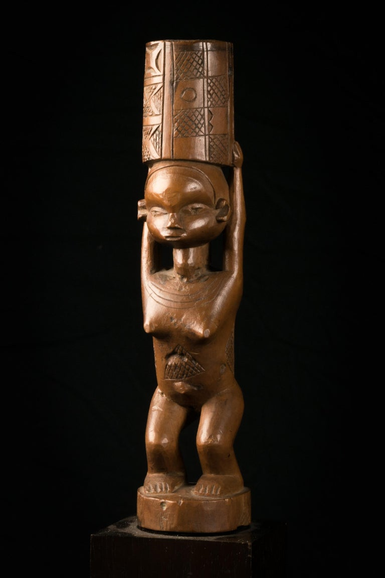 Carved Dondo People, DRC, Sculptured Flywhisk Handle For Sale