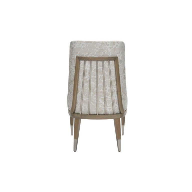 Donghia Lariat Dining Chair in Fossil White Patterned Cotton Upholstery In New Condition For Sale In New York, NY