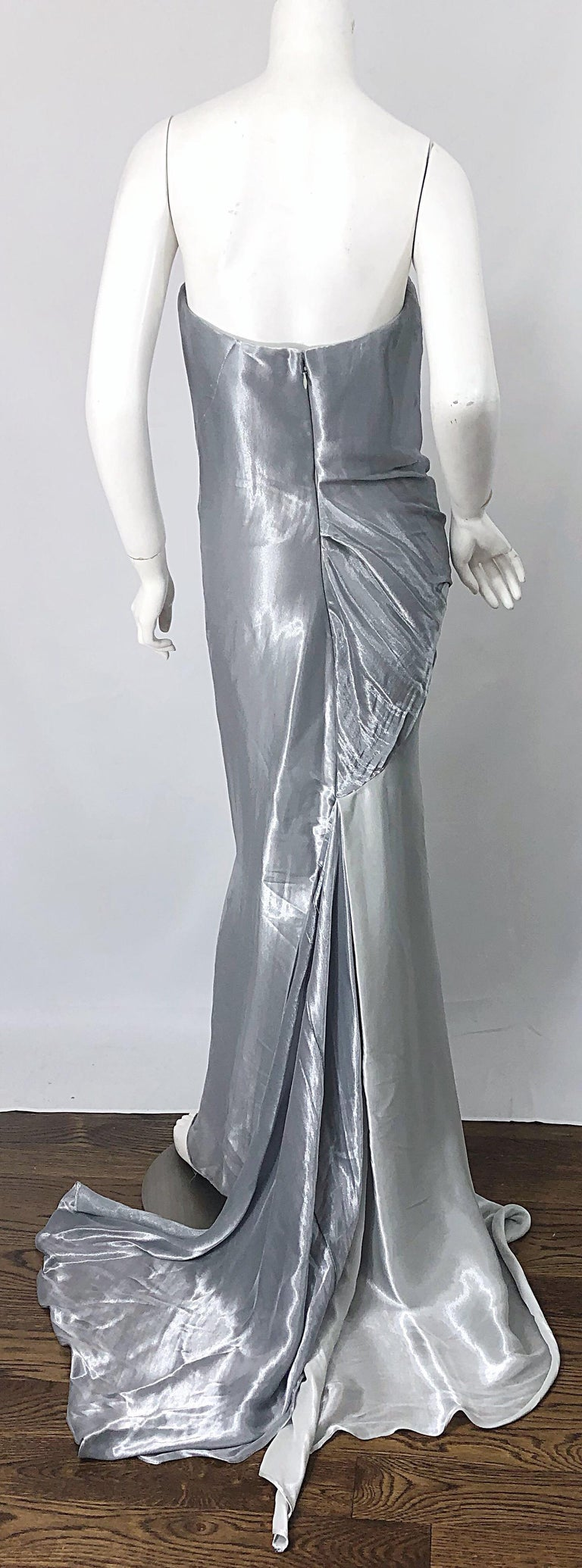 Donna Karan 1990s Size 4 Silver Grecian Metallic Strapless Vintage Silk 90s Gown In Excellent Condition For Sale In Chicago, IL