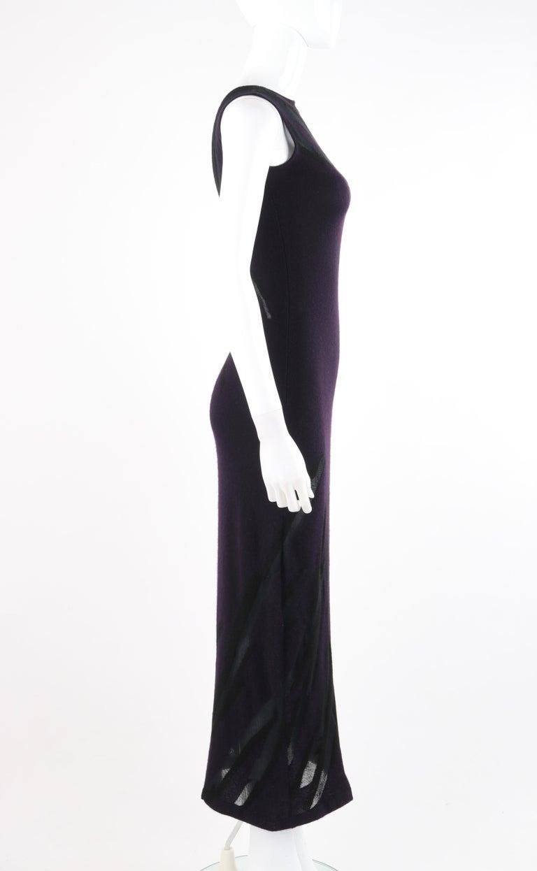 DONNA KARAN c.1990's Cashmere Silk Knit Dark Purple Black Plunge Back Maxi Dress In Good Condition For Sale In Thiensville, WI