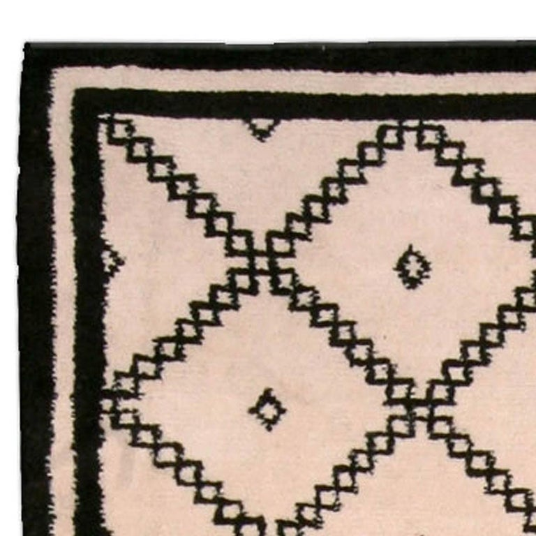 Contemporary Doris Leslie Blau Collection Moroccan Beige and Black Handmade Wool Rug For Sale