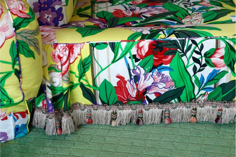 American Dorothy Draper Hollywood Regency Baroque Bouquet Sofa, Carleton Varney, Downfill For Sale