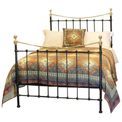 Double Cream Antique Bed, MD62