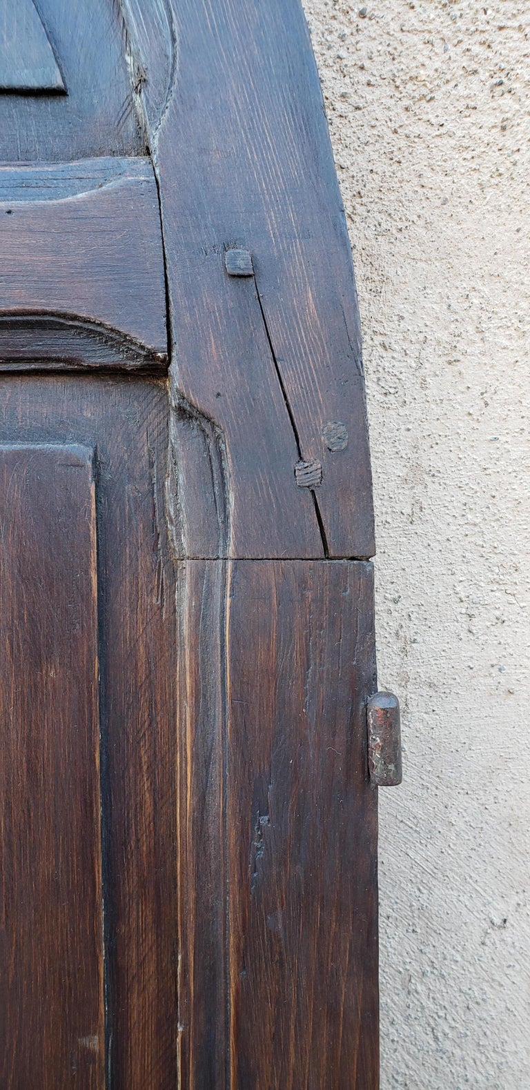 Early 20th Century Double Panel Arched Moroccan Wooden Door, 23ND34 For Sale