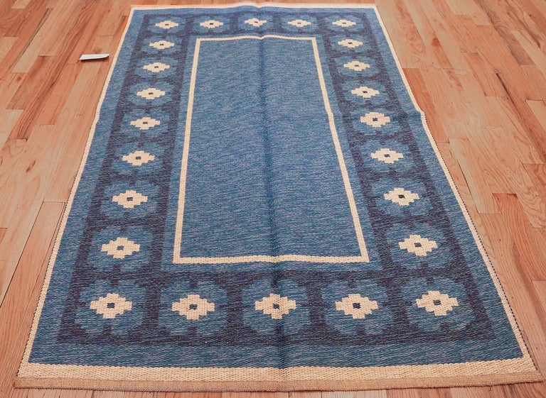 Mid-Century Modern Double-Sided Blue Vintage Swedish Kilim. Size: 4 ft 6 in x 6 ft 8 in  For Sale