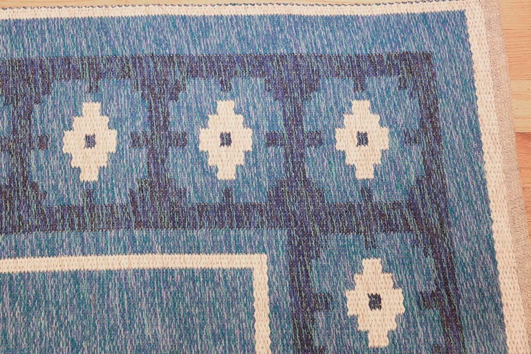 Wool Double-Sided Blue Vintage Swedish Kilim. Size: 4 ft 6 in x 6 ft 8 in  For Sale