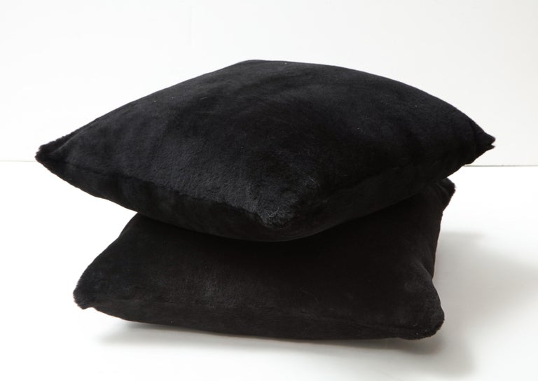 Double Sided Merino Shearing Pillow in Black Color In New Condition For Sale In New York, NY