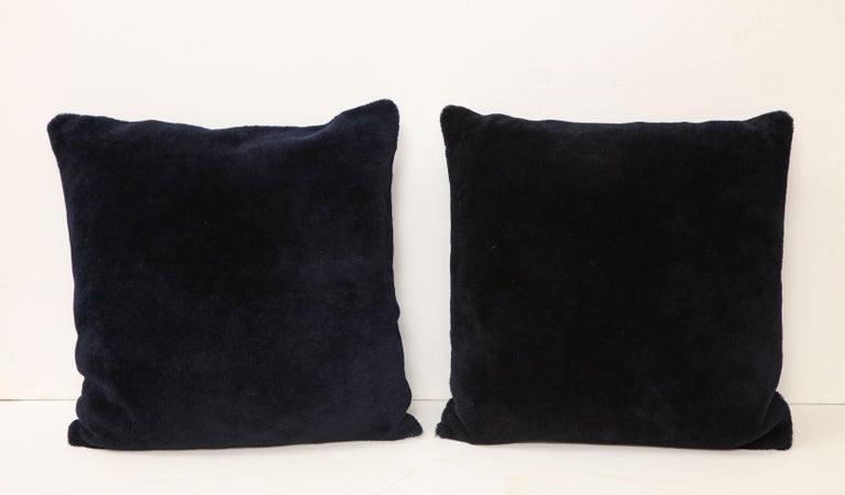 Modern Double Sided Merino Short Hair Shearing Pillow in Midnight Blue Color For Sale