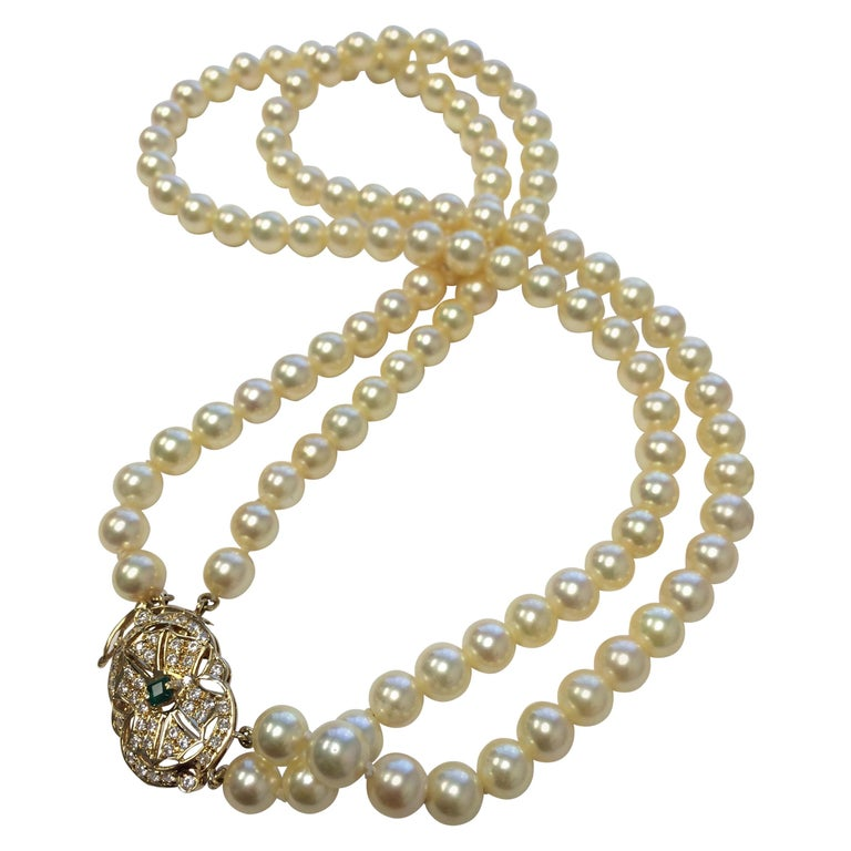 Double Strand Pearl Diamond and Emerald Necklace For Sale