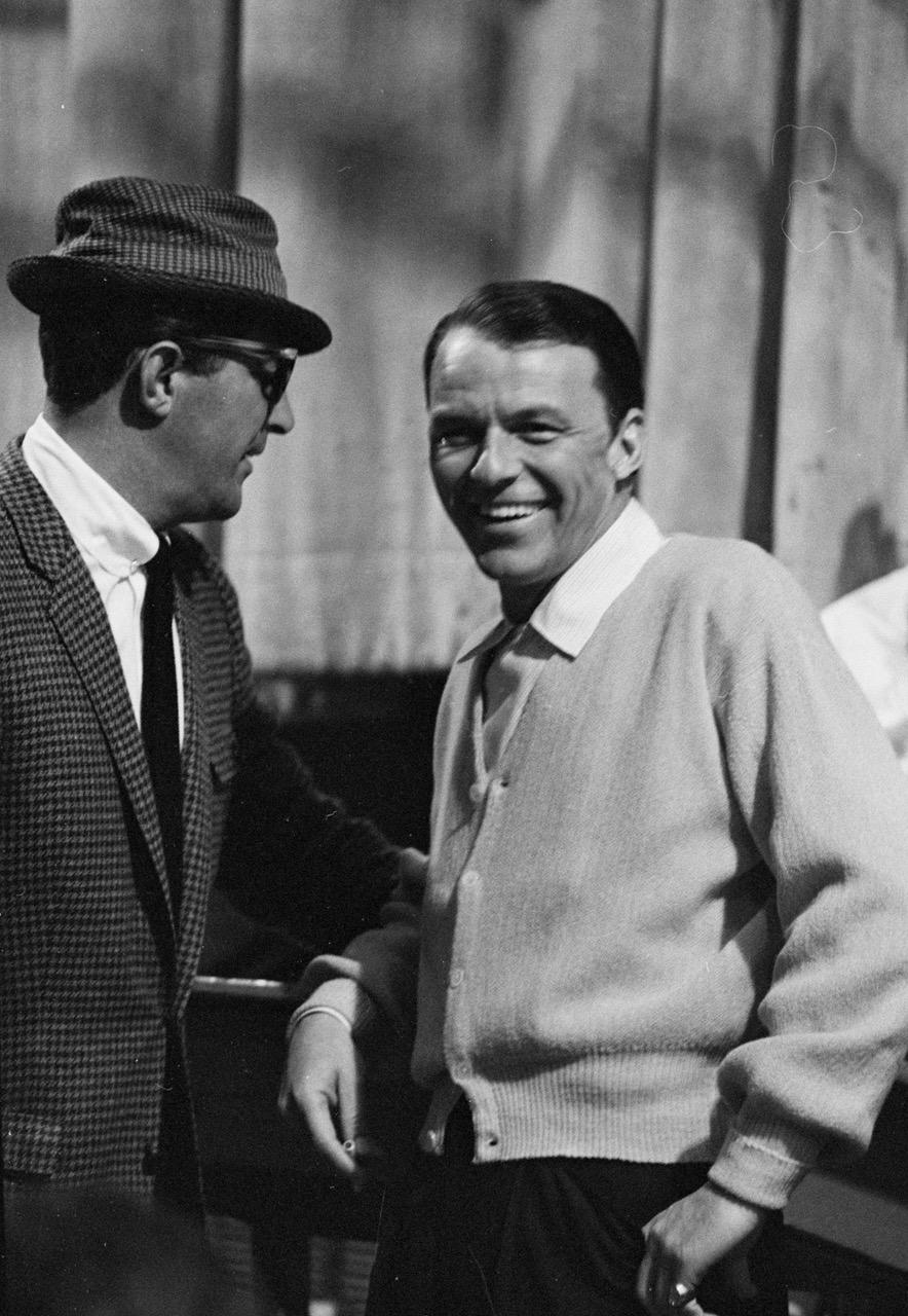 Dean Martin & Frank Sinatra, on the set of the Judy Garland Show, Hollywood 1962