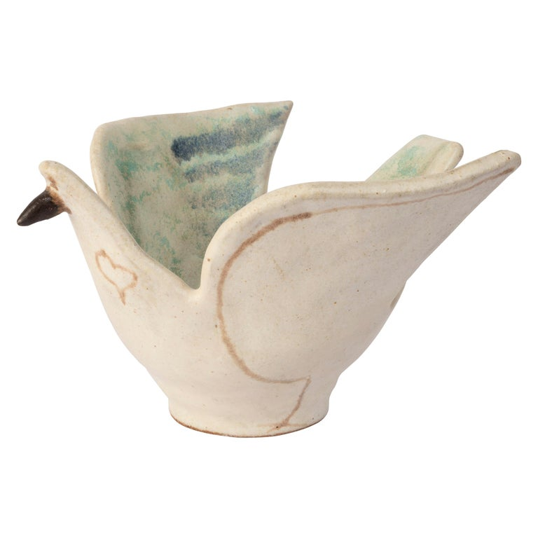 Bruno Gambone dove ceramic bowl, ca. 1970, offered by Blanchetti