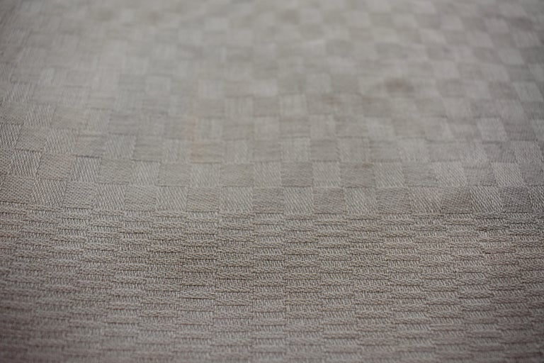 Dove Gray Linen Damask Hand-Embroidered French Provençal Dining Napkins For Sale 3