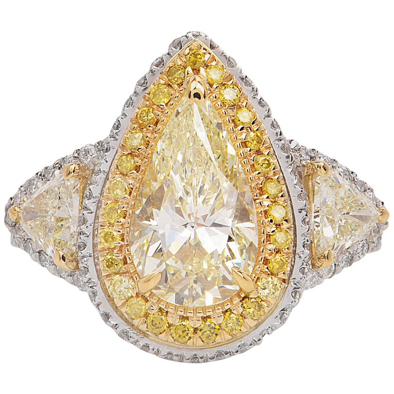 Diamond Natural yellow Pear Diamond Platinum Gold Engagement Ring For Sale
