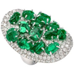 Diamond Colombian Emerald Platinum Cabochon Cluster Ring
