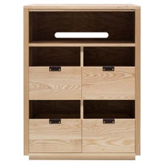 Dovetail for Sonos Vinyl Storage Cabinet 2 x 2.5 with Equipment Shelf