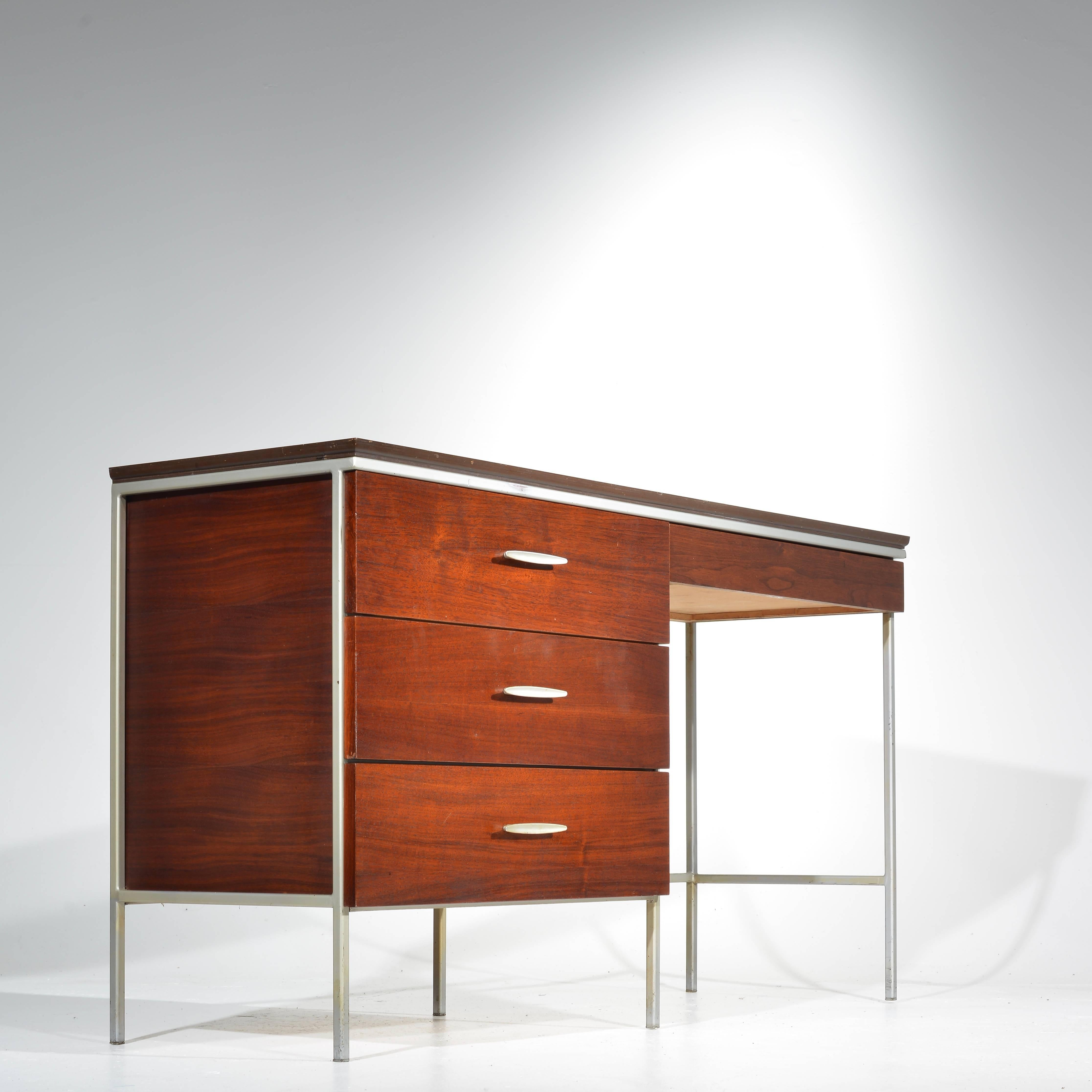 Mid Century Modern D.R. Bates For Vista Of California Walnut And Formica  Bedroom Set For