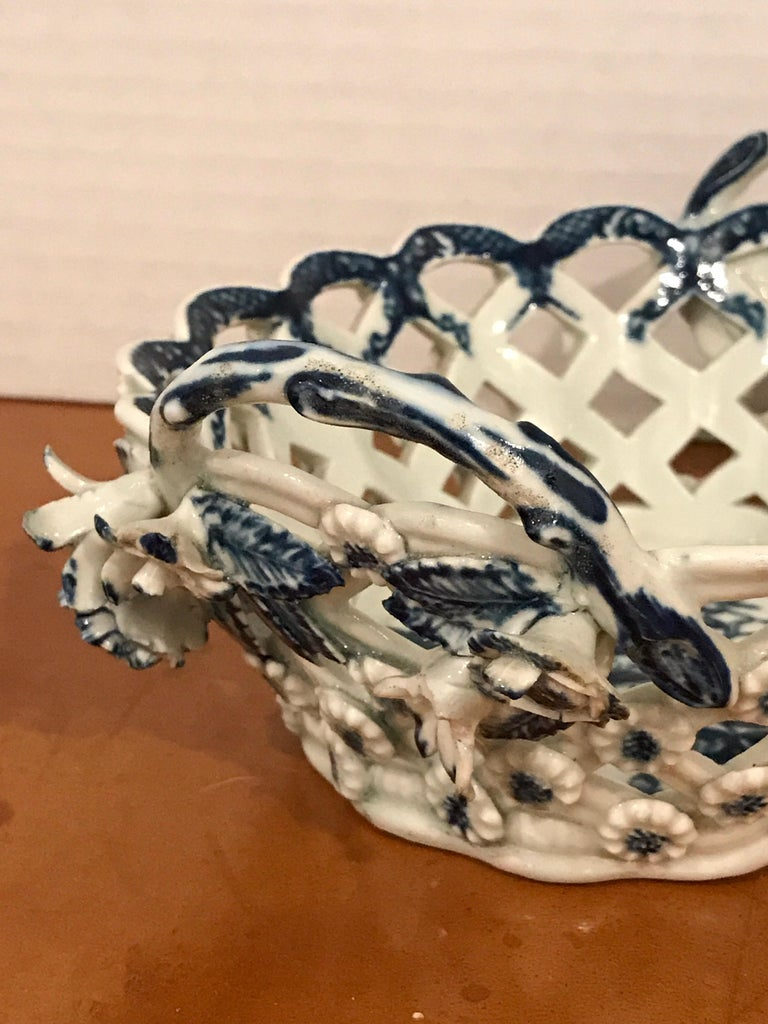 18th Century and Earlier Dr. Wall Period Worcester Porcelain Blue and White Basket For Sale