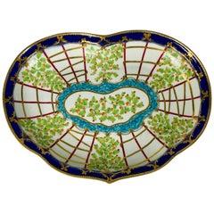 Dr. Wall Worcester Hop Trellis Pattern Heart Shaped Dish, England, circa 1760