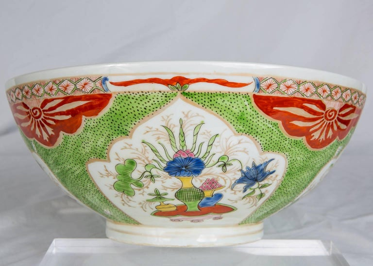 Dragon in Compartments Porcelain Punch Bowl Made, circa 1880 In Excellent Condition For Sale In New York, NY
