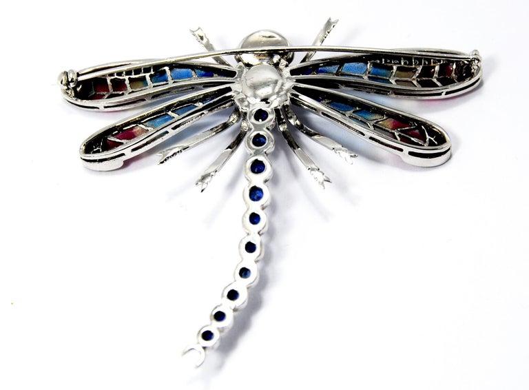 Art Nouveau Dragonfly Brooch in 18 Karat Gold Diamonds, Saphires and Plique-á-Jour Wings For Sale