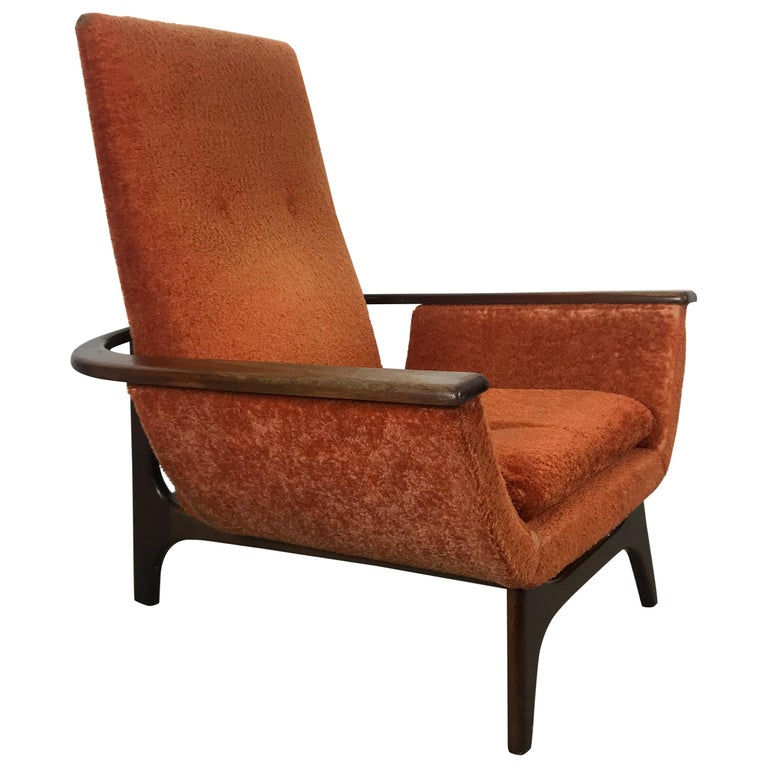 Dramatic Modernist Lounge Chair, Sculpted Walnut by Luigi Tiengo for Cimon For Sale