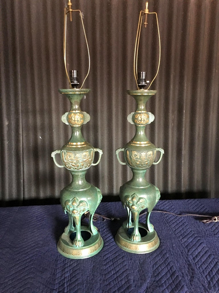 Dramatic Pair of James Mont Style Asian Lamps For Sale 1
