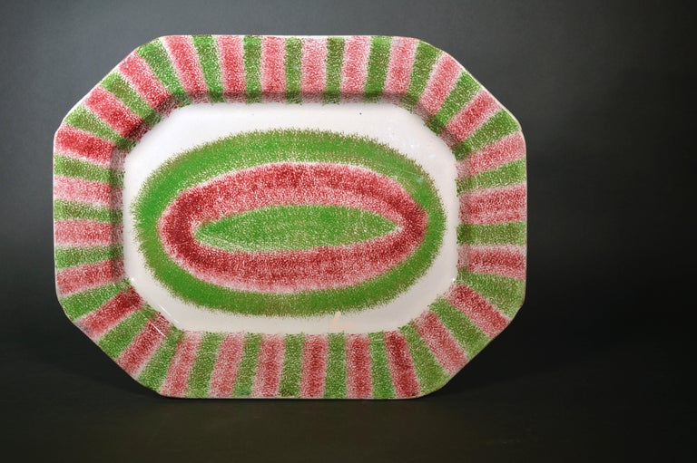 Pearlware Dramatic Red and Green Large Spatterware Dish, Northern English or Scottish For Sale