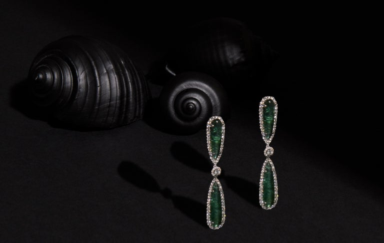 Dramatic Tourmaline and Diamond Drop Earrings In New Condition For Sale In Houston, TX