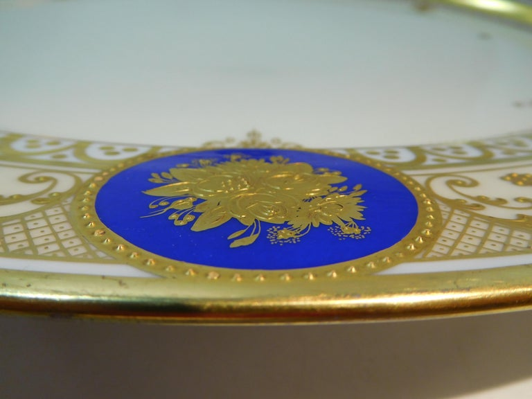 Dresden Porcelain Platter with Gold Incrustation by Ambrosius Lamm, circa 1900 For Sale 5