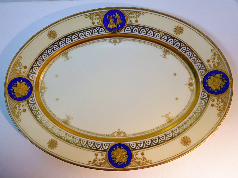 German Dresden Porcelain Platter with Gold Incrustation by Ambrosius Lamm, circa 1900 For Sale