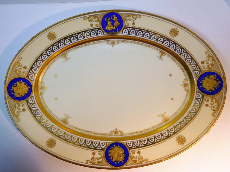 Gilt Dresden Porcelain Platter with Gold Incrustation by Ambrosius Lamm, circa 1900 For Sale